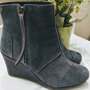 Toms Gray Suede Wedge Bootie Like NEW Size 8.5
